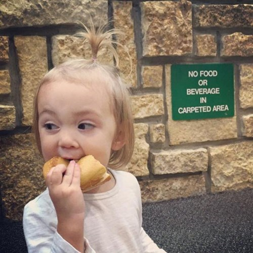 sign kids parenting food eating - 8417162496