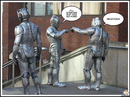 bros cybermen fist bump - 8419681536