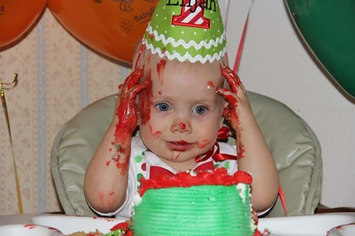 cake baby birthday parenting frosting - 8419951104