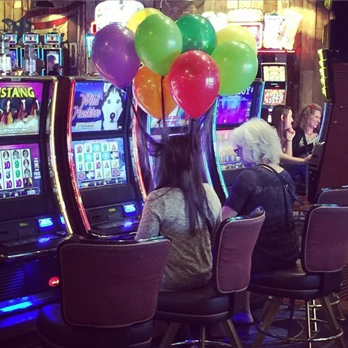 poorly dressed,Balloons,casino