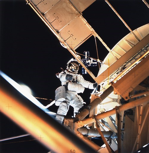 Owen K. Garriott goes on a space walk to do some skylab repairs
