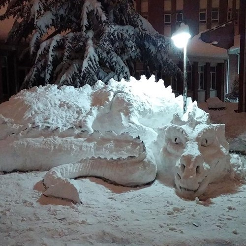dragon,snow,sculpture,nerdgasm,winter