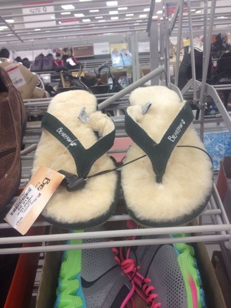 fur,flip flops,poorly dressed,sandals