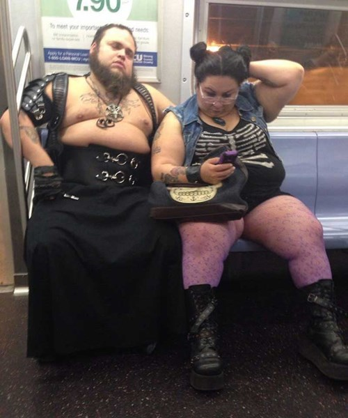 poorly dressed Subway couple g rated - 8426059520