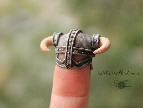 helmet fingers craft Skyrim - 8432820480