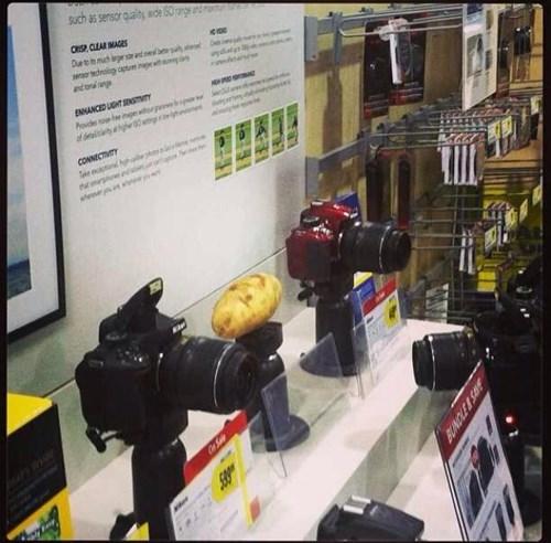 monday thru friday retail potato camera g rated - 8433448704