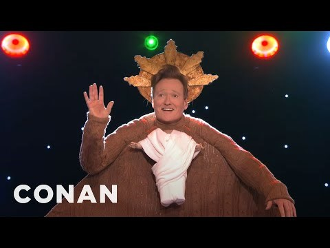 Video Conan O'Brien Hosts a Holiday Sweater Competition for His Staff