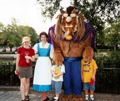 beast,Beauty and the Beast,disney,belle,kids,family photo,parenting