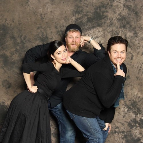 funny walking dead abrahams awkward family photo instagram