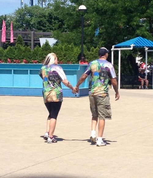 fashion-fail-usually-i-hate-matching-couple-shirts-but-this-is-an-exception