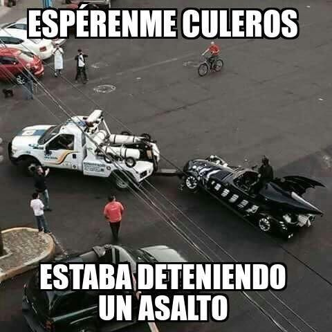 Batman es un loquillo