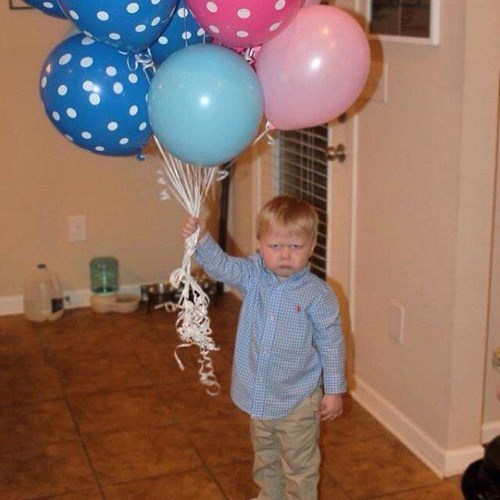 funny-parenting-how-can-a-child-be-so-displeased-with-so-many-balloons