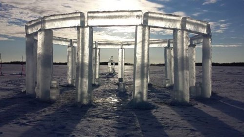 epic-win-pics-winter-ice-icehenge-sculpture