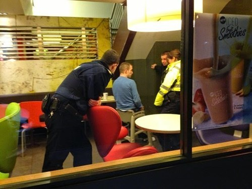 funny-fast-food-fails-high-chair