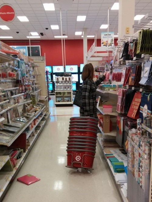 funny-shopping-fails-cart-basket-target