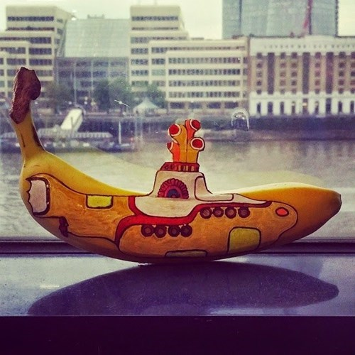 epic-win-pics-banana-yellow-submarine
