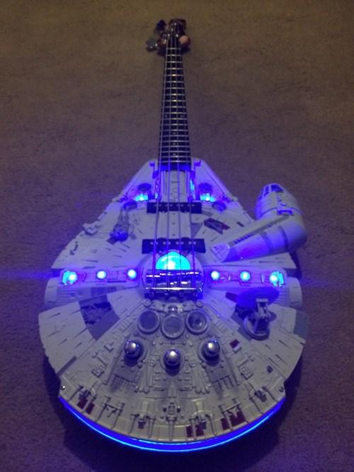 epic-win-pics-millennium-falcon-bass-star-wars-guitar