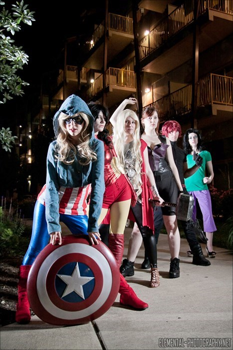 geeky cosplay genderbent avengers