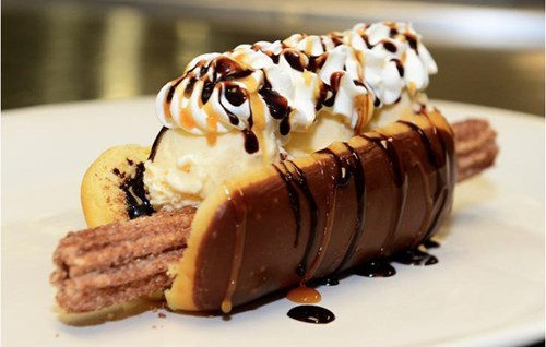 epic-win-pics-dessert-churro-dog-diamondbacks