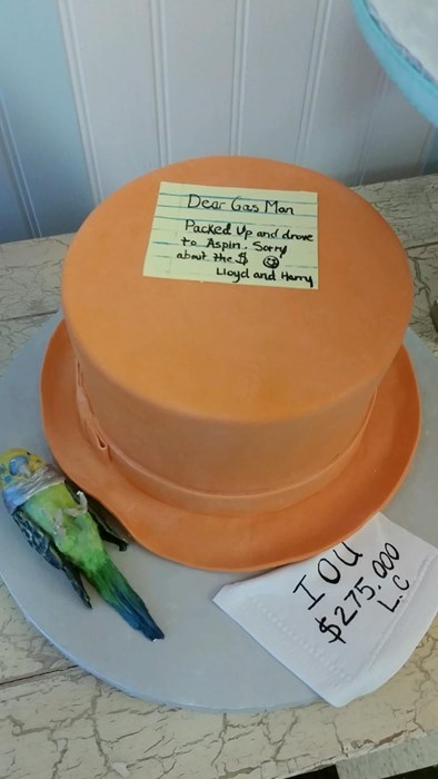 epic-win-pics-monty-python-cake