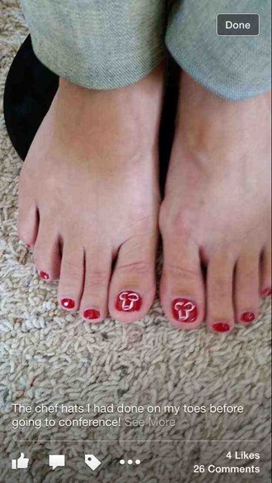 funny-facebook-fails-toenail-polish