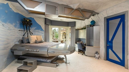 geek news fifteen million mansion star wars bedroom