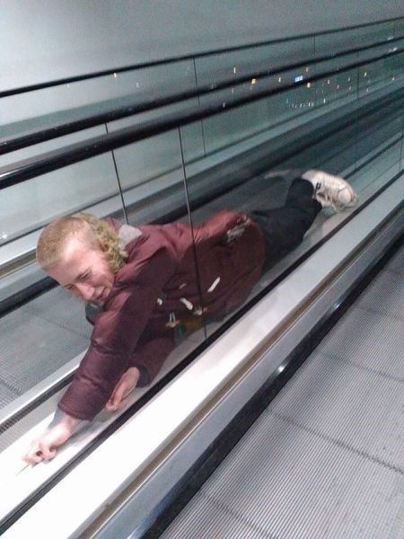 funny-escalator-fails-bad-idea