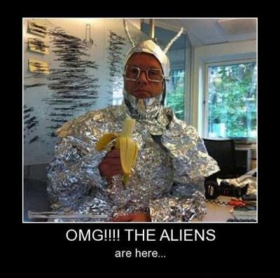 Aliens,wtf,banana,funny