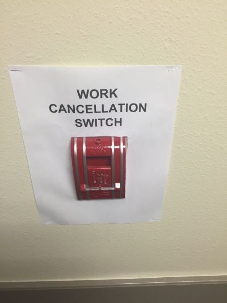 funny-office-work-pics-fire-alarm