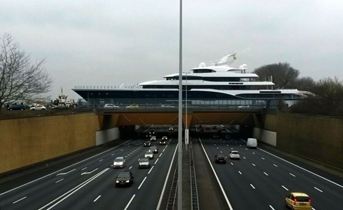 epic-win-pic-netherlands-yacht-overpass