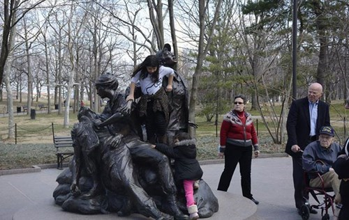 parenting-pic-memorial-veterans