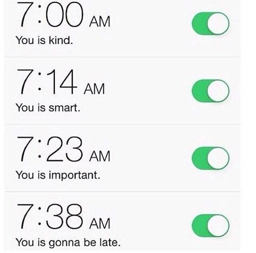 funny-phone-pic-alarm-clock