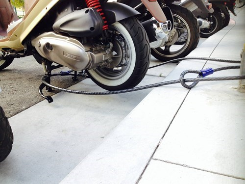 funny-fail-pic-motorcycle-lock