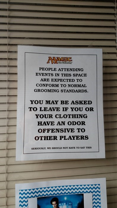 funny-sign-pic-warning-magic-the-gathering