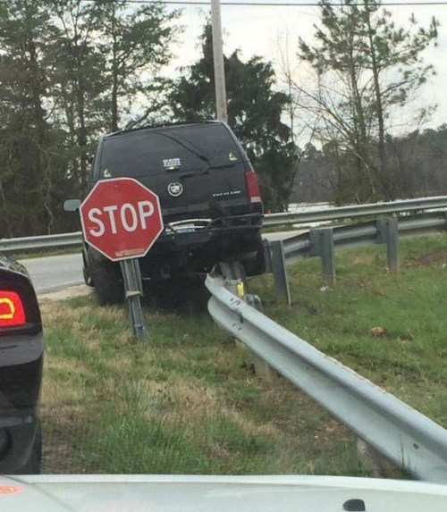funny-sign-fail-cars-irony