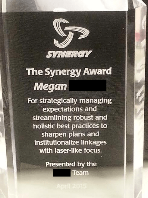 funny-work-pic-office-trophy