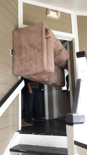 funny-moving-pic-couch-pivot-fail