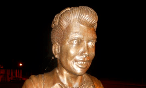 funny-news-fail-lucille-ball-statue