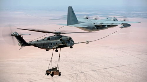 epic-win-pic-plane-refueling-humvee
