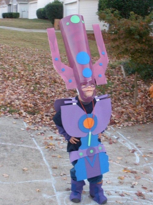 superheroes-galactus-marvel-kid-cosplay-is-cute