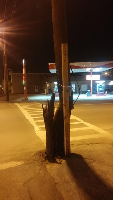 funny-repair-pic-fail-telephone-pole