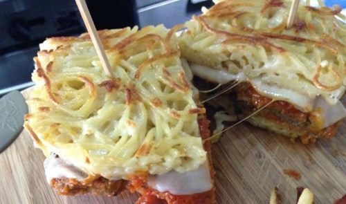 food-win-spaghetti-sandwich