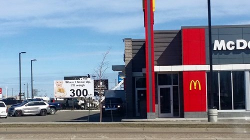 funny-revenge-pic-fast-food-sign
