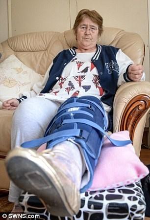 funny-news-fail-agoraphobic-grandma-manhole-fall