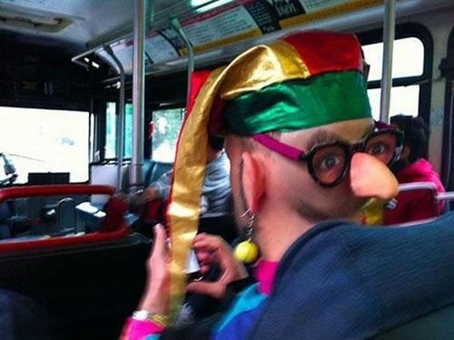 funny-fashion-pic-bus-face