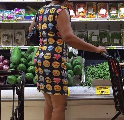 funny-fashion-fail-dress-emoji