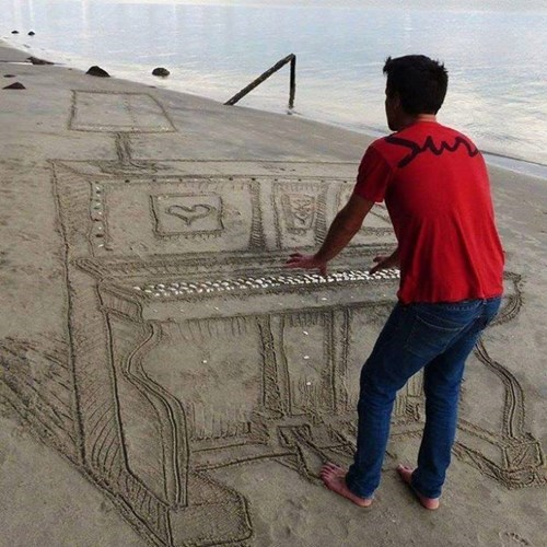 epic-win-pic-beach-perspective-sand-piano