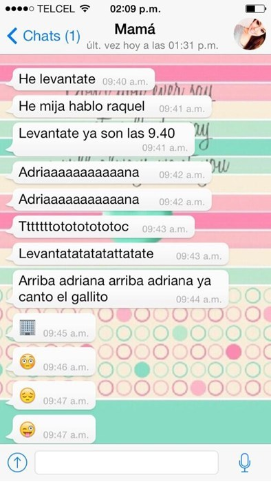 mama con whatsapp