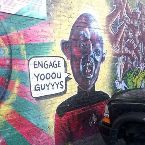 funny-win-pic-street-art-goonies-star-trek