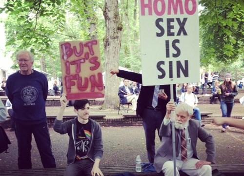 funny-sign-protest-pic-lgbtq